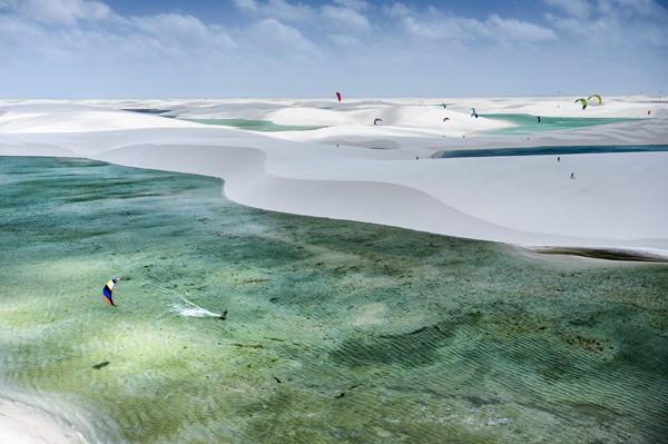 Kitesurf invade o Parque Nacional dos Lençóis Maranhenses